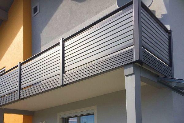 csm-guardi-nouveau-balkon-grau-1952300c4e86AC4416-2A8B-1072-64C1-059A297520E6.jpg