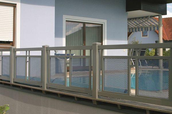 csm-guardi-loskana-balkon-grau-7-42ba5b5148CDB0ECA1-5F1A-37E8-5255-B0A562BEDBE5.jpg